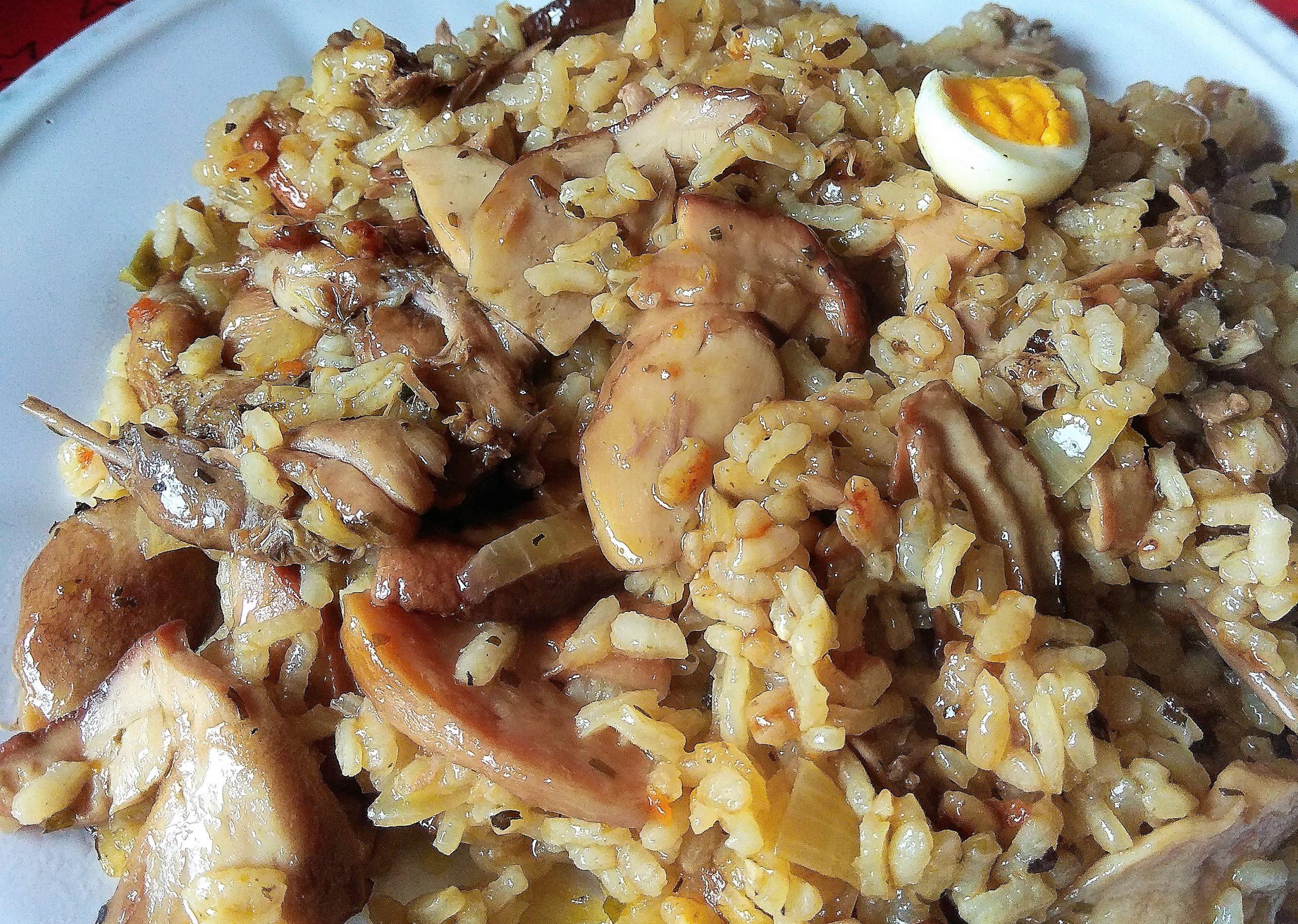 Receta de arroz con codornices salvajes y Boletus al horno